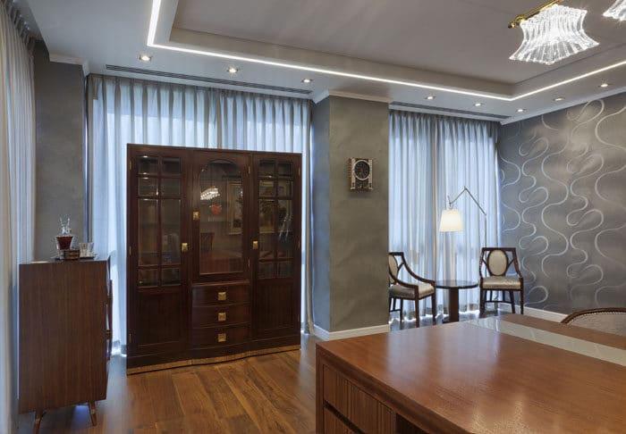 עיצוב חדר מנהל עם עץ מלא