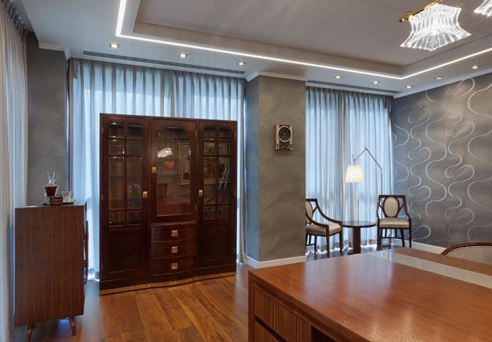 עיצוב יוקרתי של חדר מנהלה בחברת הקוסמטיקה GIGI