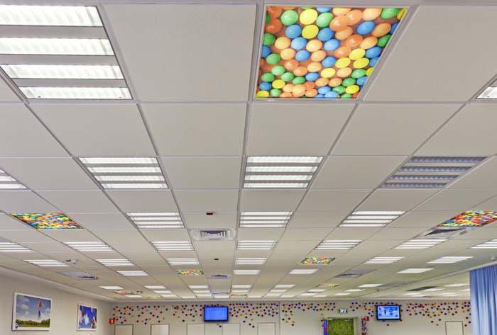 עיצוב תקרה ייחודית במיתוג סביבת עבודה בחברת פלאפון