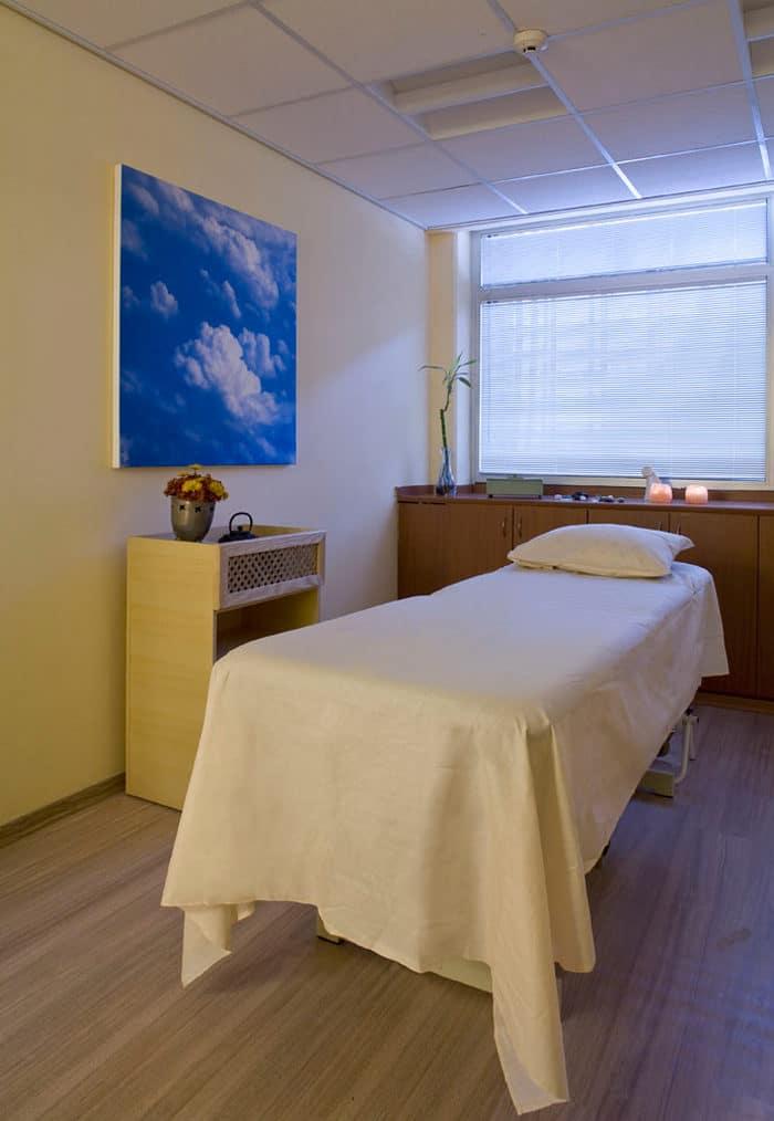 עיצוב חדר טיפולים בקליניקה לרפואה משלימה