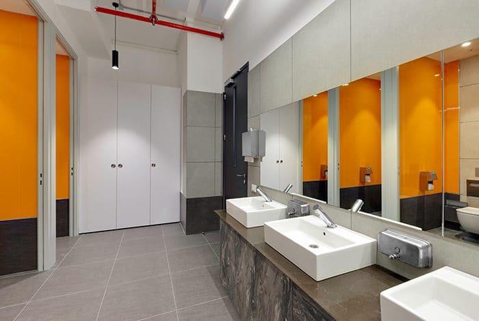 עיצוב שירותים בסטרטאפ