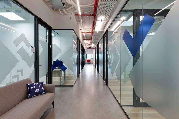 עיצוב משרדים המשדרים חדשנות
